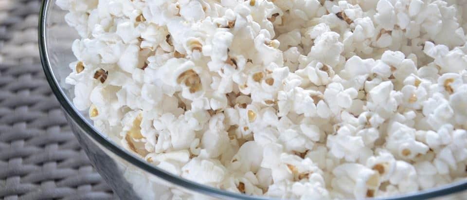 gezonde avond snacks zoute popcorn