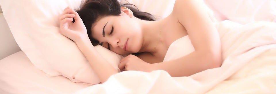 fitness tips voor vrouwen, las rust pauzes in