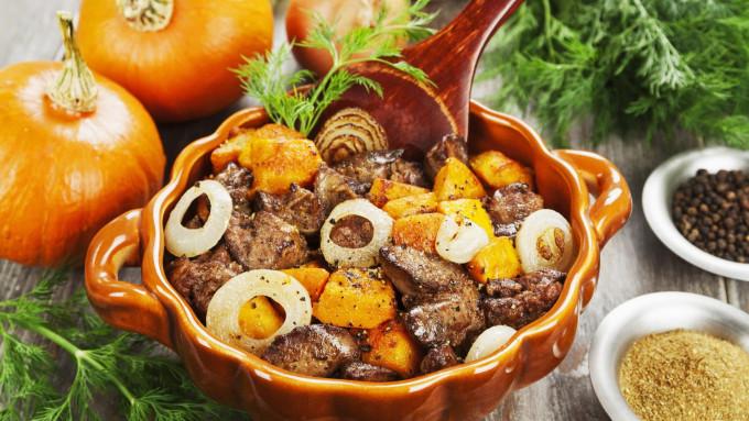 koolhydraatarm stoofpotje met rundvlees en pompoen