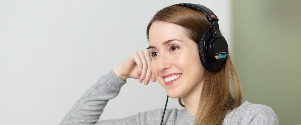 muziek luisteren is 1 van de manieren om in slaap te vallen