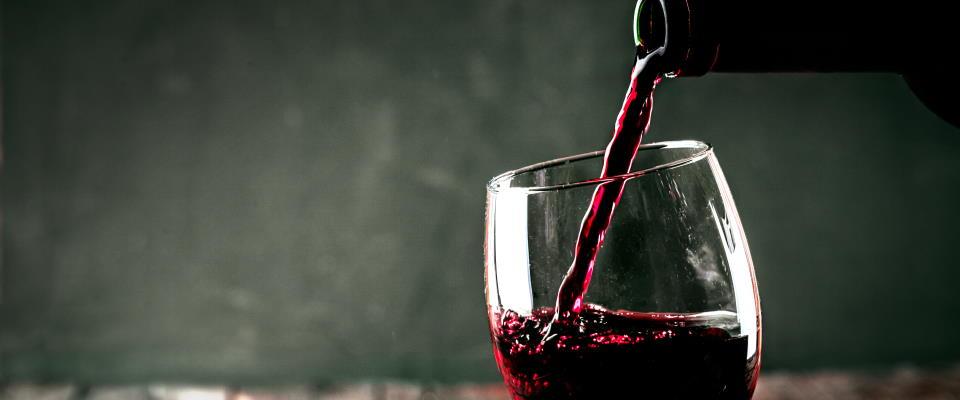 Welke alcohol is het beste voor de lijn ? rode wijn, witte wijn, whiskey, gin of wodka