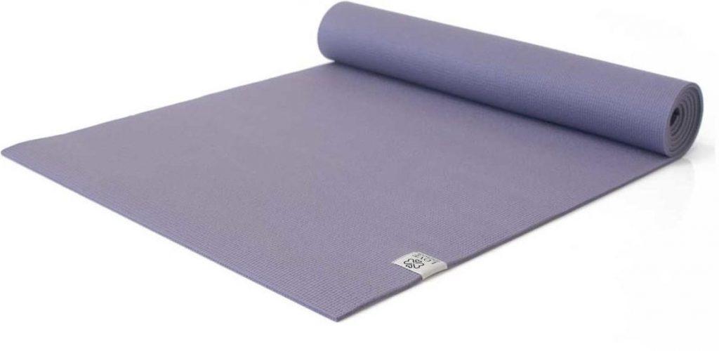 Love Generation yogamat is gemaakt van PVC en heeft een dikte van 6 mm
