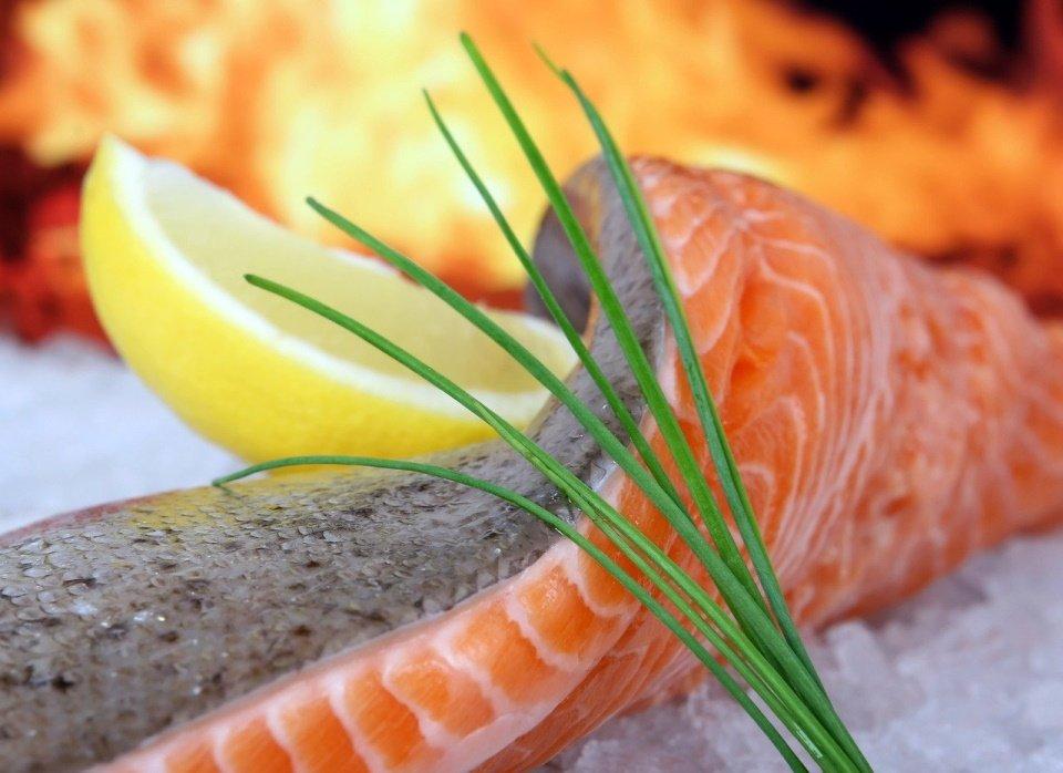 Zalm is een vissoort wat veel eiwitten bevat.